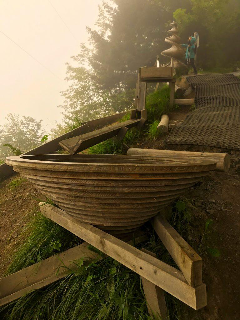Knikkerbaan van hout Meiringen